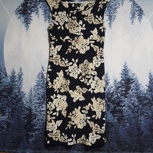 Women's mid length dress M